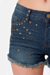 Stud Your Ground Studded Denim Shorts at Lulus.com!