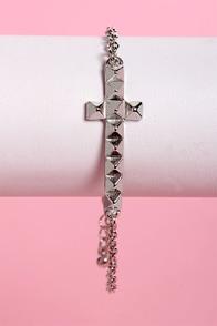 Cross-t of Living Silver Cross Bracelet at Lulus.com!