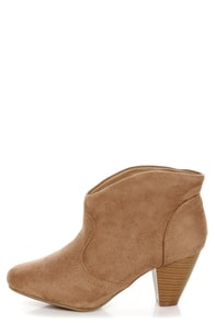 Diva Lounge Mazar 01 Taupe Low Heel Ankle Booties at Lulus.com!