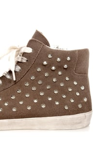 Steve Madden Twynkle Taupe Suede Lace-Up Studded Sneakers at Lulus.com!