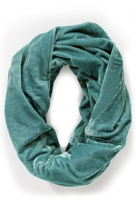 She Wore Blue Velvet Infinity Scarf at Lulus.com!