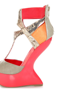 Privileged Blithe Coral & Grey Texture Block Heelless Platforms at Lulus.com!