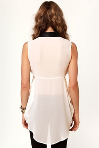 Get Your Act To-Leather Cream and Black Top at Lulus.com!