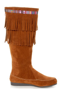 C Label Sora 10 Chestnut Brown Fringe Moccasin Boots at Lulus.com!