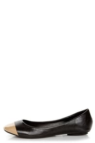 C Label Sherry 3 Black and Nude Cap-Toe Flats at Lulus.com!