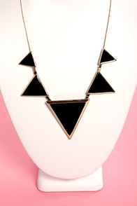 Bermuda Bound Black Triangle Necklace at Lulus.com!
