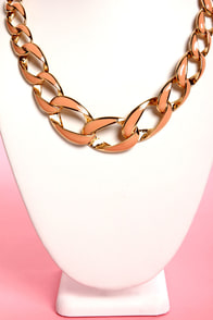 Back in Lacquer Peach Chain Collar Necklace at Lulus.com!