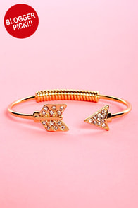 Heads or Tails Gold Arrow Bracelet at Lulus.com!