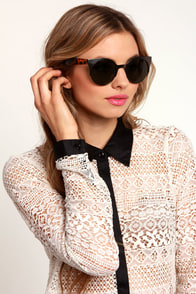 Precious Metals Tortoise and Gunmetal Sunglasses at Lulus.com!