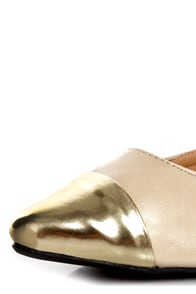 Promise Freida Nude and Gold Pointed Cap-Toe Flats at Lulus.com!