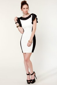 Belle Curve Black and White Dress at Lulus.com!