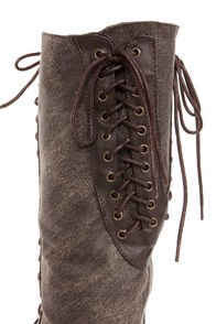 Dollhouse Europa Brown Canvas Two-Tone Cap-Toe Lace-Up Boots at Lulus.com!