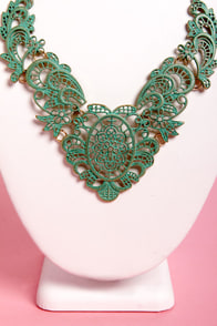 Agree to Filigree Green Necklace at Lulus.com!