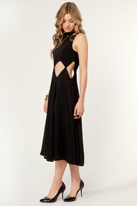 Diamond Cleo Cutout Black Dress at Lulus.com!