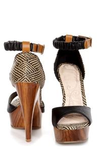 Mona Mia Trinidad Black Woven Wooden Platform Heels at Lulus.com!