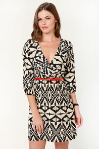Fatal Abstraction Black and Beige Print Dress at Lulus.com!