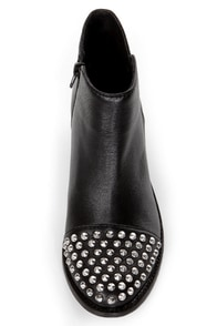Steve Madden Praque Black Leather Studded Cap-Toe Ankle Booties at Lulus.com!