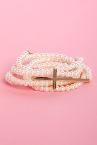 Pearly Edition Cross and Pearl Bracelet Set at Lulus.com!