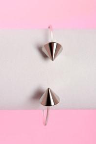 Exclamation Points Silver Clutch Bracelet at Lulus.com!
