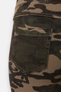 Thrill Sergeant Camo Print Jeggings at Lulus.com!