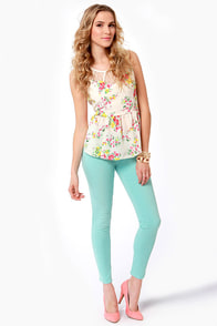 Flower and a Half Cream Floral Print Top at Lulus.com!