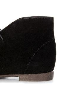 Sandy 61 Black Lace-Up Desert Boots at Lulus.com!