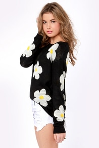 Daisy in Love Floral Print Sweater at Lulus.com!