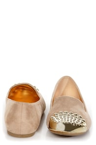 Paprika Evon Oatmeal Beige Gold Cap-Toe Smoking Slipper Flats at Lulus.com!