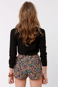 Tapestry Dancer High-Waisted Floral Shorts at Lulus.com!