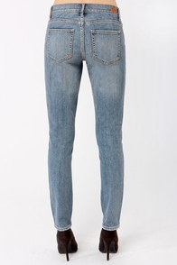 Dittos Dawn Mid Rise Distressed Skinny Jeans at Lulus.com!