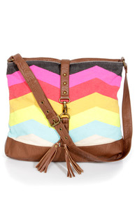 Billabong Hola Jaupa Multi Chevron Print Tote at Lulus.com!