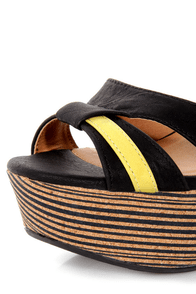 O'Neill Tamara Black Printed Platform Wedges at Lulus.com!