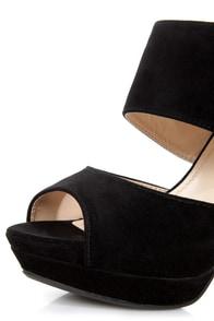 Anne Michelle Zaya 04 Black Cutout Peep Toe Platform Heels at Lulus.com!