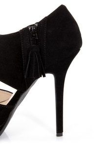 Anne Michelle Zaya 04 Black Cutout Peep Toe Platform Heels at Lulus.com!
