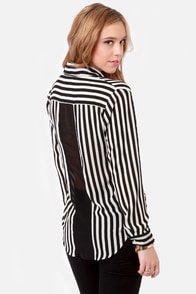 Little White Lines Black and White Striped Top at Lulus.com!