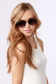 Hall of Frames Sunglasses at Lulus.com!