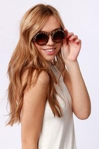 Trend Spotter Leopard Print Sunglasses at Lulus.com!
