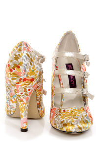 Mojo Moxy Cammy Cream Strappy Floral Print Pumps at Lulus.com!