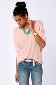Novel-Tee Shop Peach Top at Lulus.com!