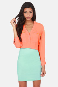 Skinny Zipping Coral Top