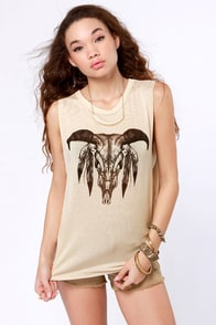 Wing and a Prairie Beige Skull Print Muscle Tee at Lulus.com!