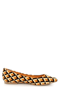 Promise Seabrook Tan Geometric Print Pointed Flats at Lulus.com!