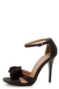 Michael Antonio Joyner Black Bow-Topped Peep Toe Heels at Lulus.com!