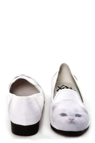 Y.R.U. Lowf Kitty White Cat Print Smoking Slipper Flats at Lulus.com!