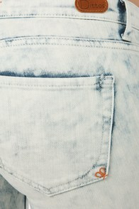 Dittos Jessica Storm Acid-Washed Jeggings at Lulus.com!