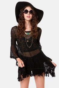 Gypsy Junkies Mimi Black Eyelet Lace Tunic at Lulus.com!