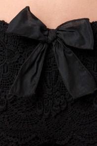 Lost Bossanova Black Lace Shorts at Lulus.com!