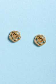 Gather Ye Rosebuds Gold Rose Earrings at Lulus.com!