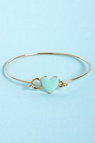 Too Heart to Handle Mint and Gold Heart Bracelet