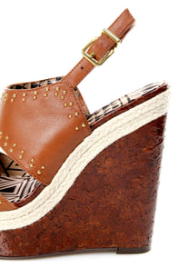 Jessica Simpson Geno Light Luggage Studded Wedge Sandals at Lulus.com!